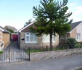 Detached Bungalow in The Oval, North Anston...