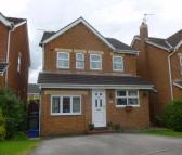 Detached house in 9 Roddis Close...