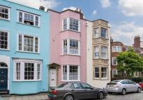 3 bed Terraced property in Somerset Street...