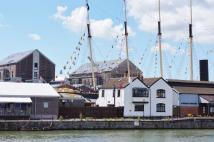 Flat for sale in Harbourside