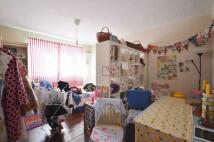 2 bedroom Flat in Highbury Grove Court...