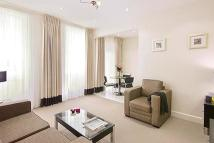 Flat to rent in Nottingham Place...