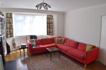 3 bed semi detached house in Woodberry Avenue...