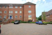 Apartment to rent in Heron House, Peel Close...