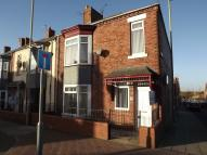 Flat to rent in Dean Road, South Shields...