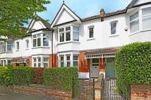 5 bed Terraced house in Windermere Road...