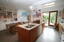 3 bedroom house in Acacia Road, Acton, W3