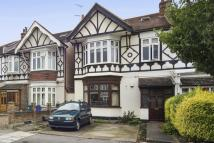 2 bedroom Flat for sale in Loveday Road, London, W13