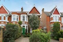 4 bedroom semi detached house in Twyford Avenue, London...