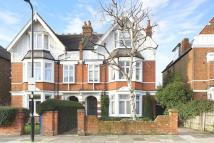 5 bed semi detached house in Birch Grove, London, W3