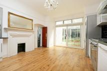 5 bed house in Birch Grove...