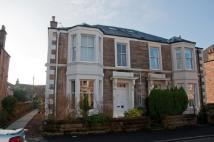 2 bed Ground Flat in Glebe Terrace, Alloa...