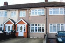 3 bed Terraced home in Pentire Close, Upminster...