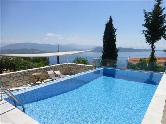 Pool and view Erato