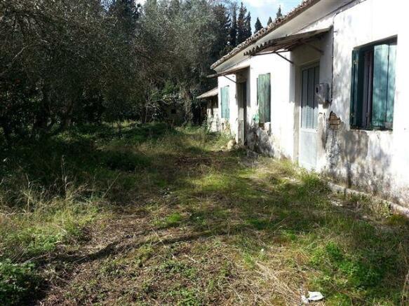 2nd cottage on property