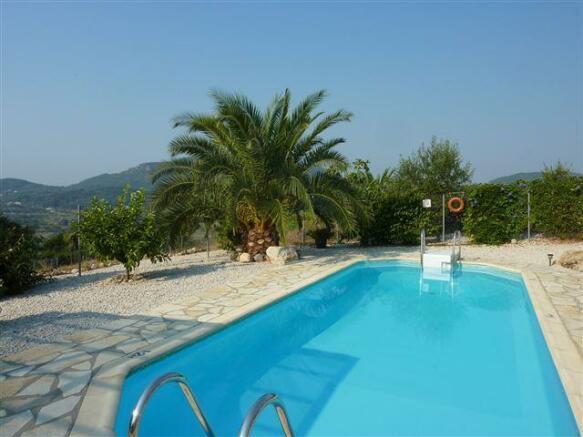 Pool at villa no.2