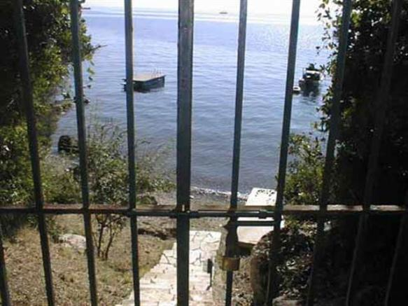 gated access to the sea