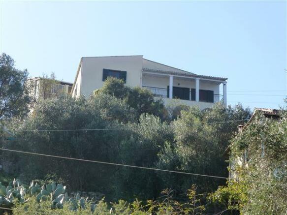 the apartment (top floor)