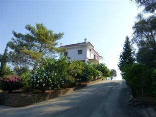 approaching the villa