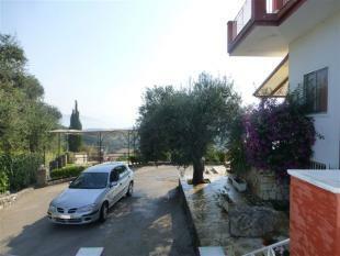 plenty of parking at the villa