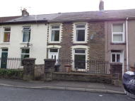 3 bed Terraced property to rent in High Street, Cross Keys...
