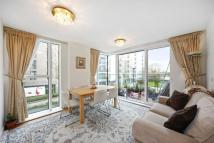 3 bed Flat in Parkway Apartments...