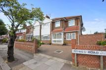 8 bed semi detached home in Bowes Road, Acton, W3