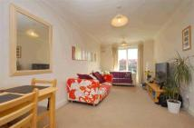 2 bed Flat in Pepys Road, Raynes Park...