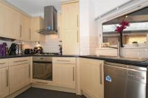 2 bed Apartment in Trinity Road, Wimbledon...