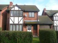 5 bed Detached house in Groveside Close...