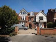 Flat to rent in Montpelier Road, Ealing...