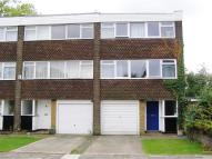 Town House in Heronsforde, Ealing