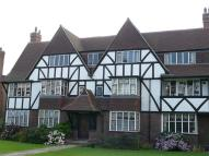 2 bedroom Flat to rent in Chester Court...