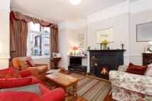 4 bed semi detached property for sale in Pendle Road, London