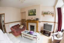 2 bedroom home to rent in Rothsay Avenue...