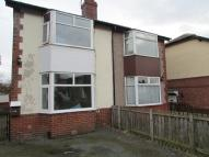 2 bed property in 38 Woodhouse Grove...