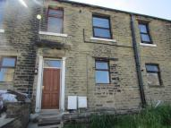 2 bed Terraced home to rent in Oakes Road, Huddersfield...