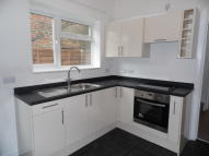 3 bed Terraced house to rent in London Avenue, North End