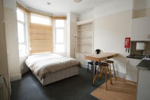 property to rent in TUNIS ROAD, London, W12
