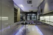 6 bedroom Terraced property to rent in Hanover Terrace...