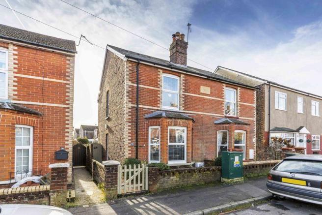 3 bedroom character property for sale in victoria road