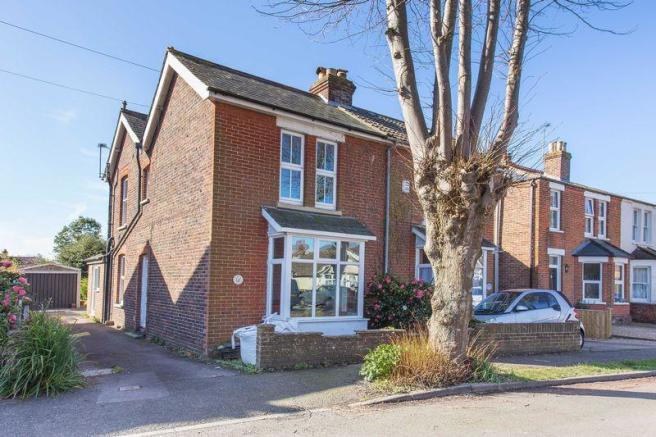 3 bedroom semi detached house for sale in southbourne