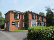 property to rent in 13 New Road,