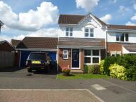 3 bedroom semi detached home to rent in Hewitt Close, Allington...