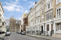 Queensberry Place Flat to rent
