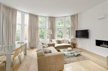Flat to rent in Embankment Gardens...