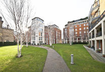 Flat for sale in Kings Chelsea