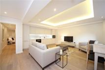 Flat for sale in Elm Park Gardens, London...