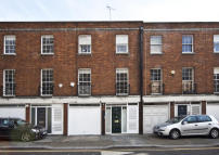 property for sale in Cadogan Lane