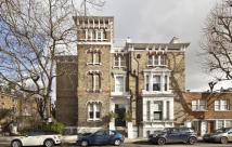4 bed Flat in Tregunter Road